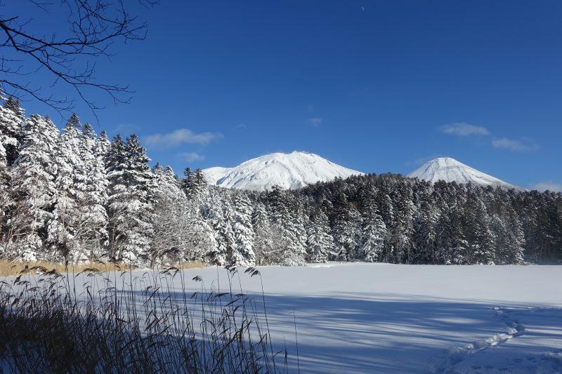 冬の絶景オンネトー